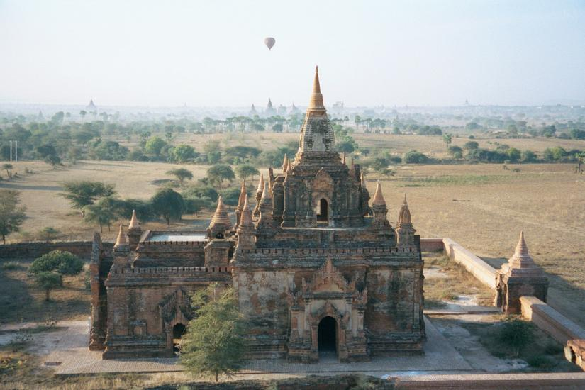 Burma / Myanmar: Pagan 2: More Monuments picture 10