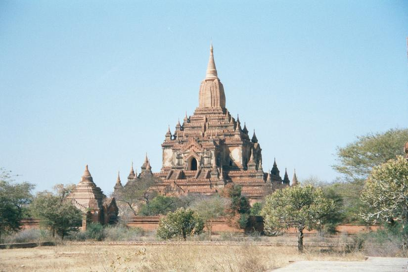 Burma / Myanmar: Pagan 2: More Monuments picture 7