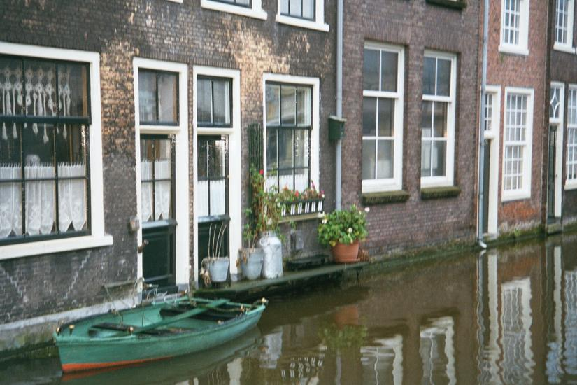 The Netherlands: Delft: Vermeer picture 9