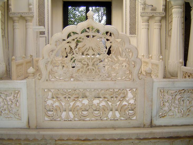 Peninsular India: Hyderabad: Paigah Tombs picture 10