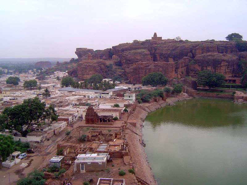 Peninsular India: Chalukya 1: Badami picture 1