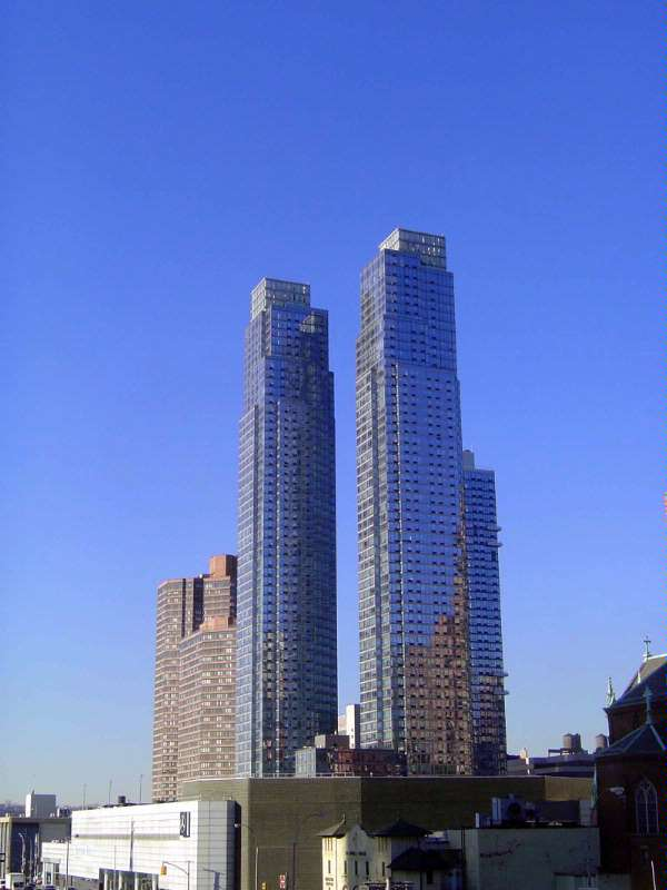 The Eastern United States: Manhattan: Rivers, Rocks, Brownstones, Highrises picture 10