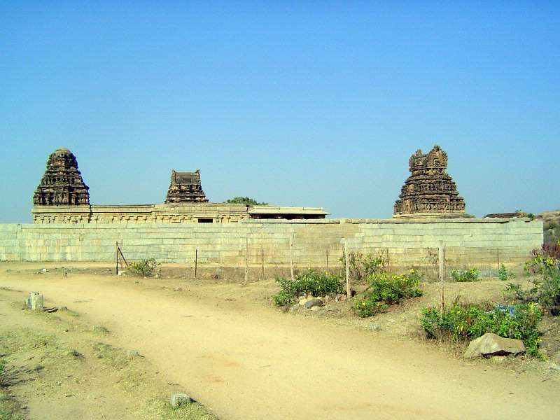 Peninsular India: Hampi Royal Center picture 2