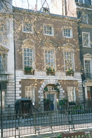 The United Kingdom: London 8: Residential picture 9