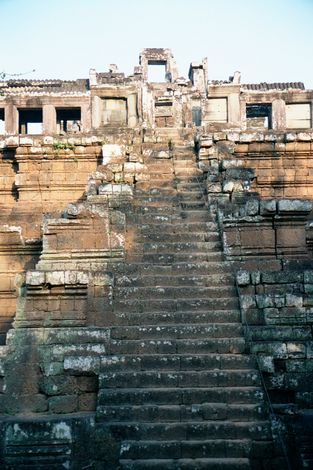 Cambodia (Angkor): Monuments in Angkor Thom picture 11
