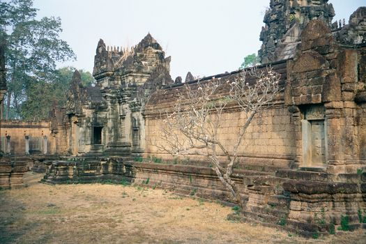 Cambodia (Angkor): East Mebon and Banteay Samre picture 11