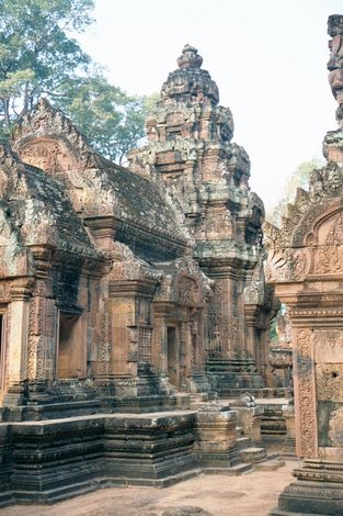 Cambodia (Angkor): Banteay Srei picture 4