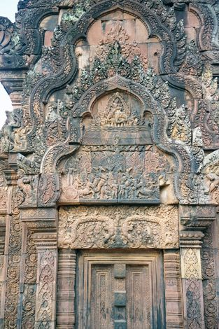Cambodia (Angkor): Banteay Srei picture 6