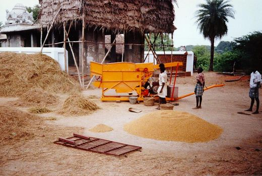 India Themes: Farming Technology picture 14