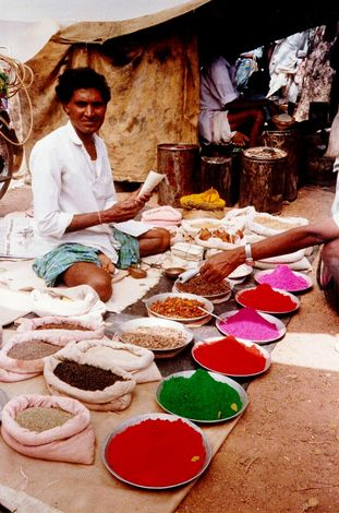 India Themes: Merchants and Markets