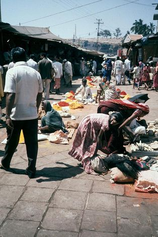 India Themes: Merchants and Markets picture 4