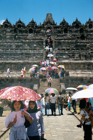 Indonesia: Borobudur 1 picture 2