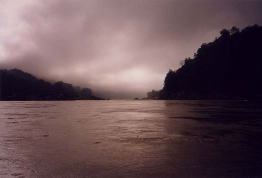 Laos: Mekong Below Houayxay picture 4