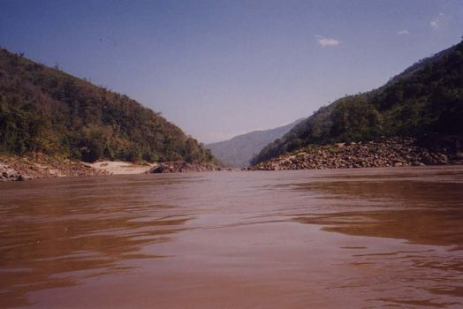 Laos: Mekong Below Houayxay picture 6