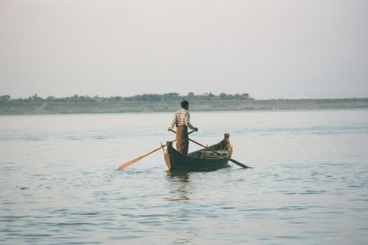Burma / Myanmar: The Irrawaddy picture 6