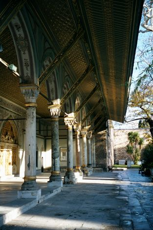 Turkey (Istanbul): Topkapi and Dolmabahce picture 5