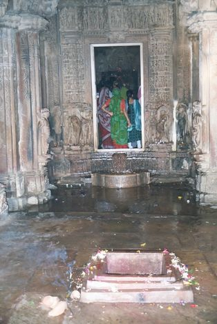 Northern India: Khajuraho Worship picture 3