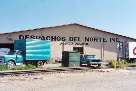 The Western United States: Laredo picture 10