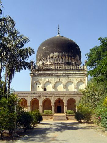 Peninsular India: Hyderabad: Qutb Shahi Tombs picture 11