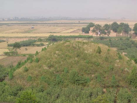 China: Han and Tang Imperial Tombs picture 1