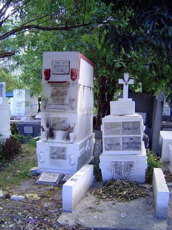 The Philippines: Manila: South and American Cemeteries picture 6
