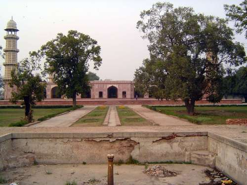Pakistan: Jahangir's Tomb picture 22