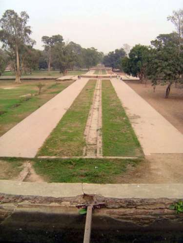 Pakistan: Jahangir's Tomb picture 27