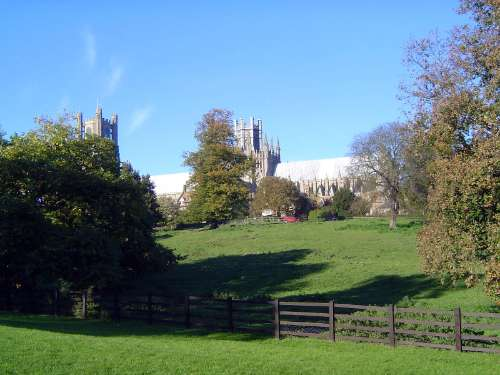 The United Kingdom: Ely Cathedral and St. Andrew's, Isleham picture 1