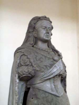 Northern India: The Lucknow Museum's Display of Imperial Statuary picture 4