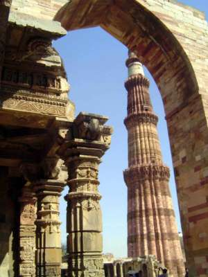 Northern India: Qutb Minar picture 5