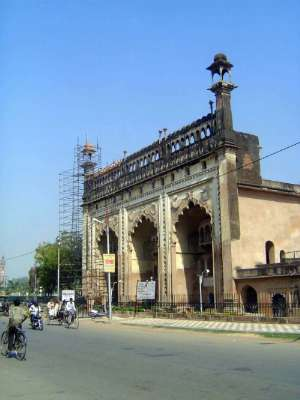 Northern India: Lucknow of the Nawabs picture 4