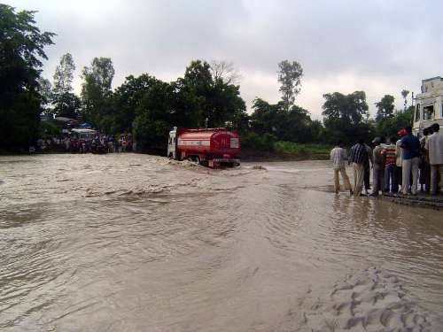 Northern India: Monsoon Hazards picture 7