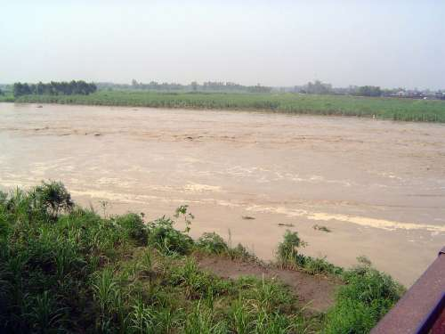 Northern India: Monsoon Hazards picture 9