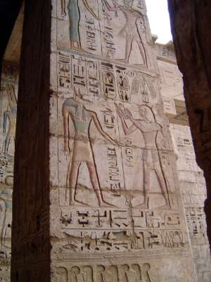 Egypt: Medinet Habu picture 38
