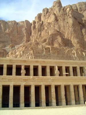 Egypt: Temple of Queen Hatshepsut picture 3