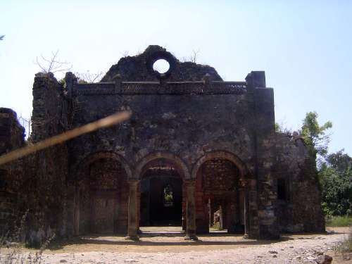 Peninsular India: Bassein Fort picture 10