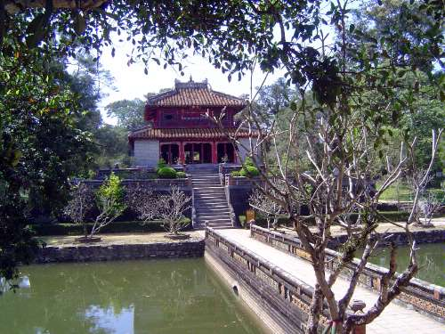 Vietnam: Hue: Royal Tombs picture 2