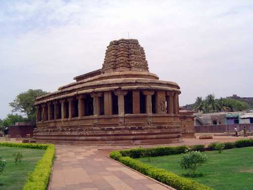 Peninsular India: Chalukya 2: Aihole picture 2