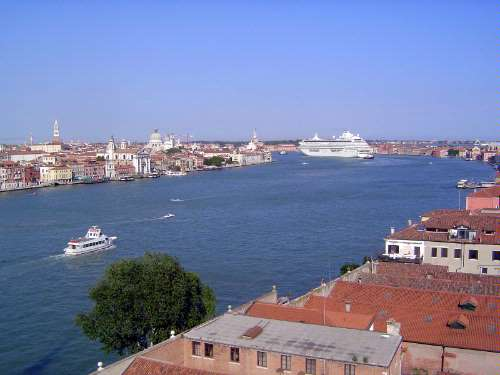 Italy: Venice: Daily Life picture 42