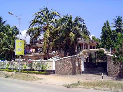 Tanzania: Post-Colonial Dar Es Salaam  picture 12