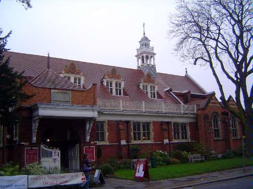 The United Kingdom: London 10: Suburbs picture 19