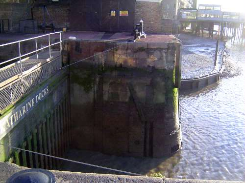 The United Kingdom: London 1: Older Docks picture 4