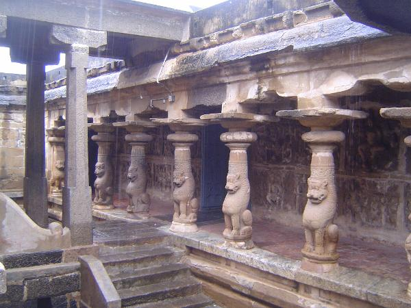 Peninsular India: Kanchipuram: Vaikuntha Perumal Temple picture 9