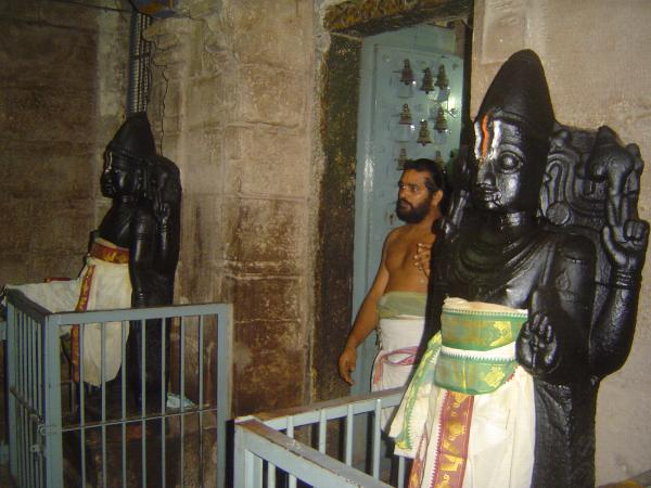 Peninsular India: Kanchipuram: Vaikuntha Perumal Temple picture 26