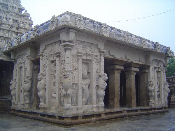 Peninsular India: Kanchipuram: Kailasanatha Temple picture 5